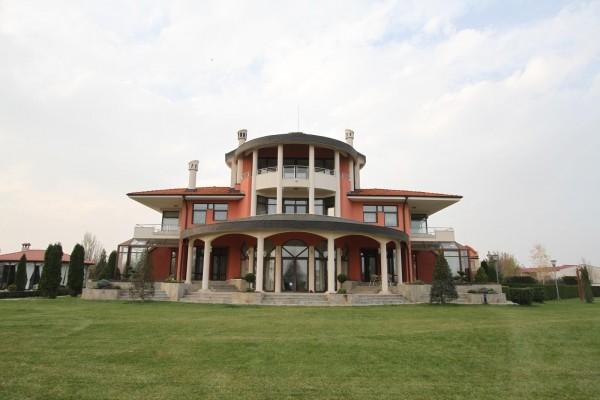 Большой дом в Пловдиве